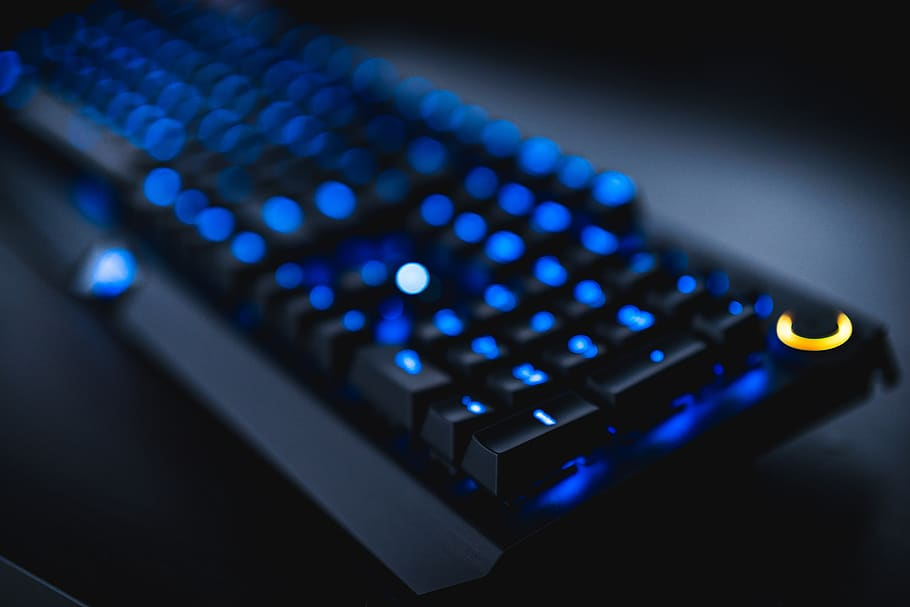Position Keyboard and Mouse for Gaming